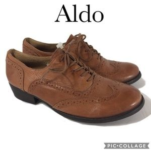 Aldo wing tip style lace up shoe brown leather 7.5